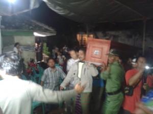 Jenazah Cati Bt Waslam TKI asal Desa Bayur Kidul Cilamaya Kulon Karawang
